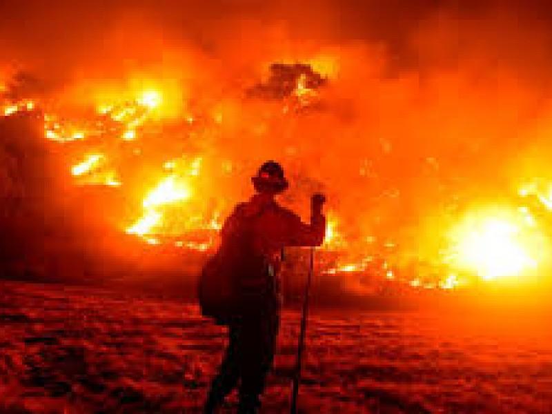 1 mes de incendios en California