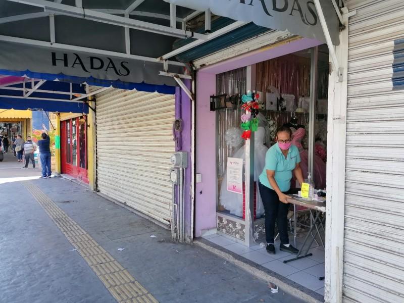 10 negocios cerrados por bajas ventas y restricción de horarios