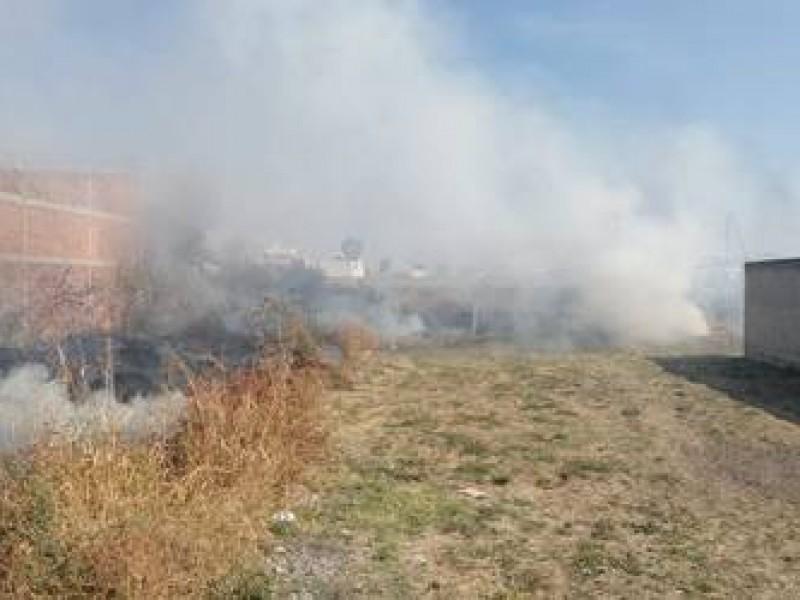 103 incendios en lotes baldíos en la capital
