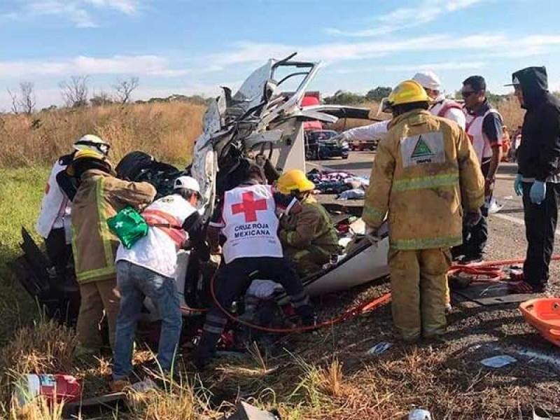 11 muertos en fatal accidente en la Ocozocoautla-Arriaga