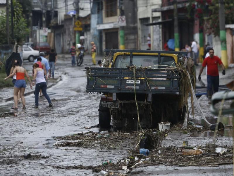 11 muertos por Intensas lluvias en Sao Paulo