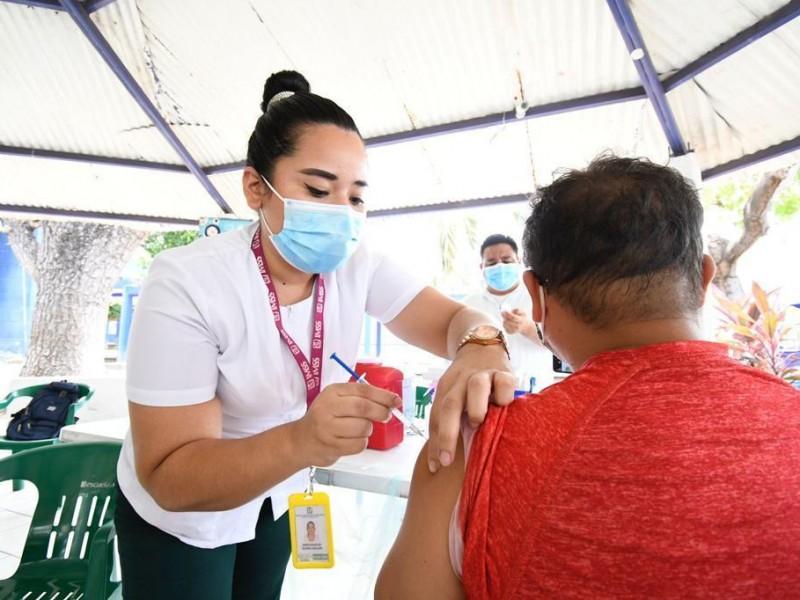 112 mil trabajadores de la educación vacunados contra COVID