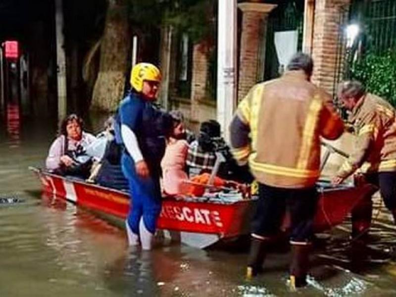 130 Turistas fueron evacuados en Tequisquiapan