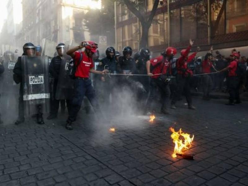 🚓14 lesionados, tras marcha #2DeOctubre