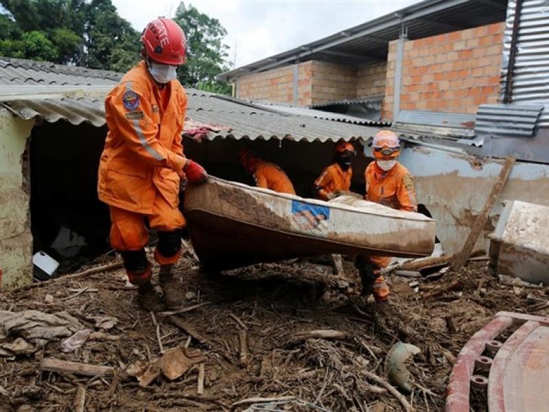 14 muertos por inundaciones en Colombia