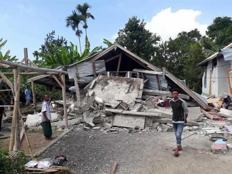 14 muertos por sismo en Indonesia