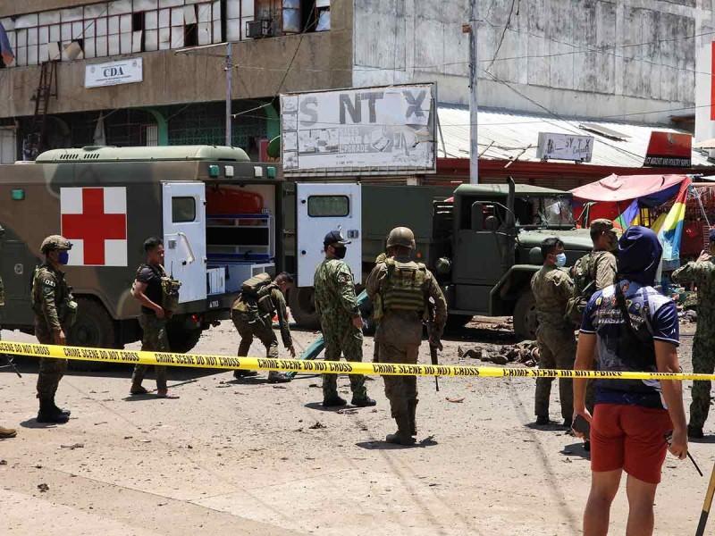 14 muertos y 75 heridos por doble atentado en Filipinas