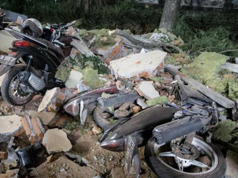 142 muertos por terremoto en Indonesia