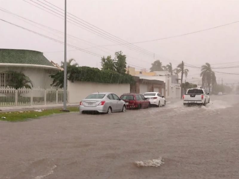 📹149 mm de lluvia caen en Los Mochis