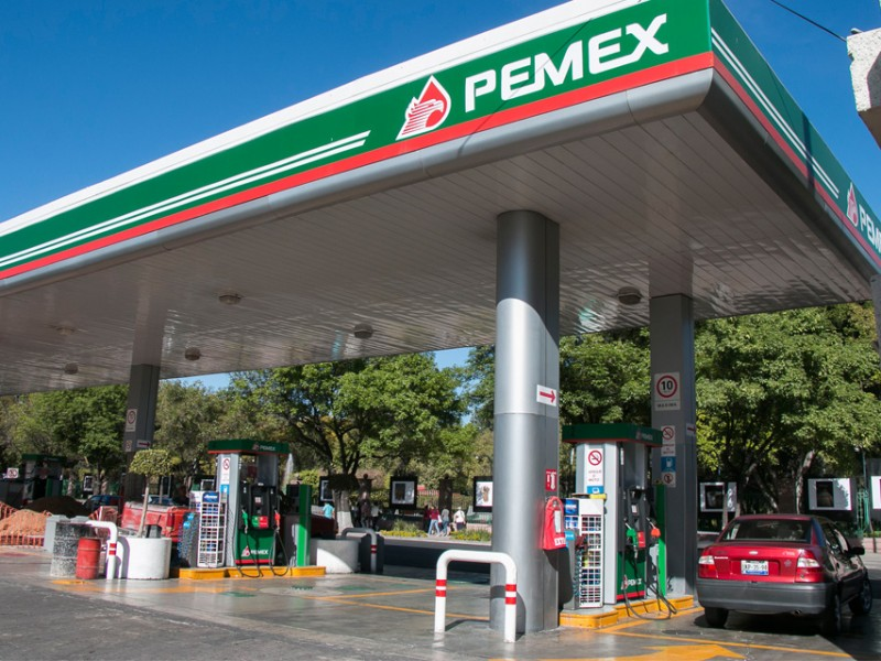 14.98 pesos costo promedio de la gasolina en Querétaro