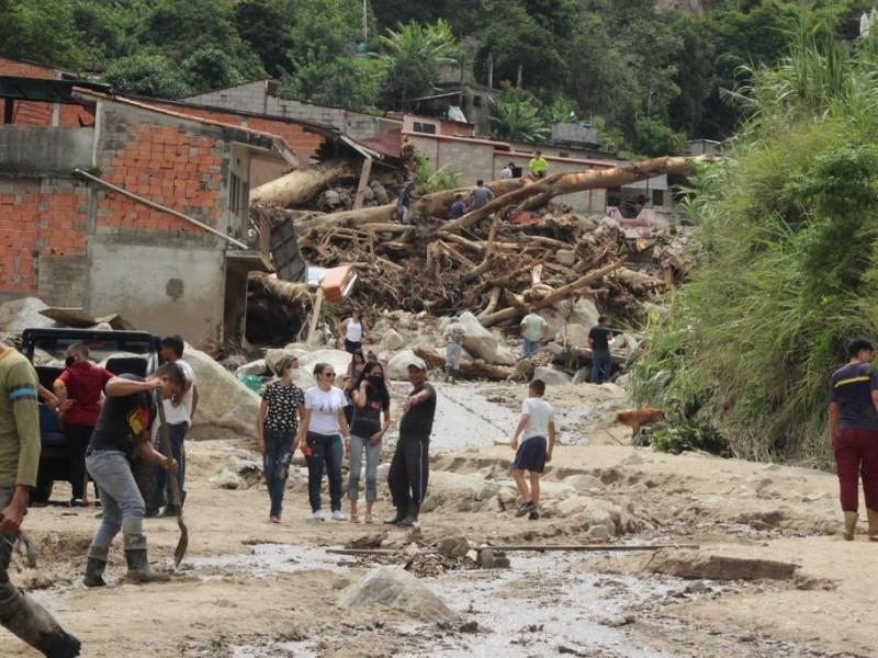 15 muertos y seis desaparecidos tras fuertes lluvias en Venezuela