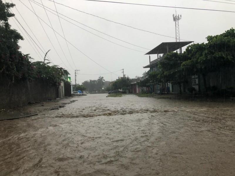 150 municipios oaxaqueños en riesgo por lluvias; CEPCO