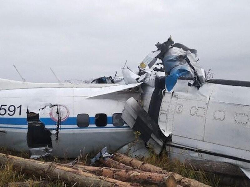 16 muertos tras estrellarse avioneta en Rusia