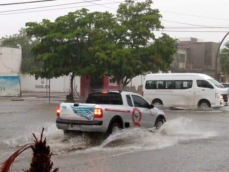 160 mm de lluvia cayeron en Los Mochis