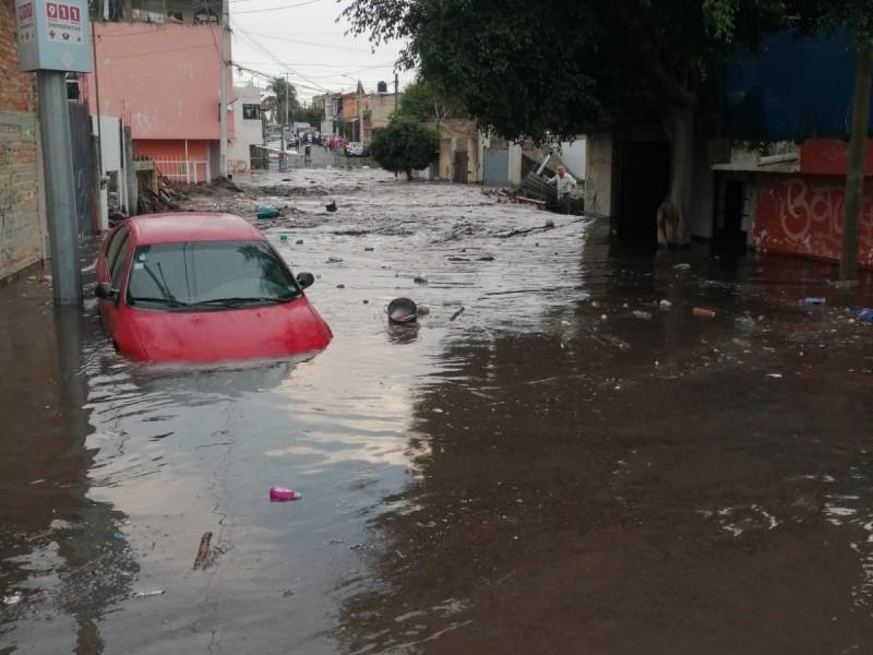 162 casas afectadas tras desbordamiento de arroyo en Zapopan