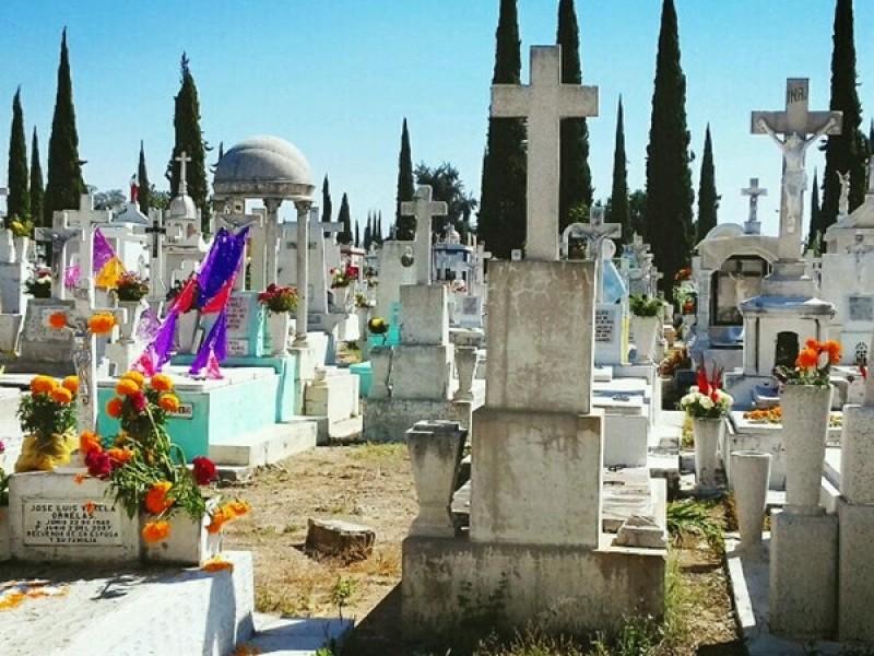 19 cadáveres fueron inhumados en el Panteón Guadalajara