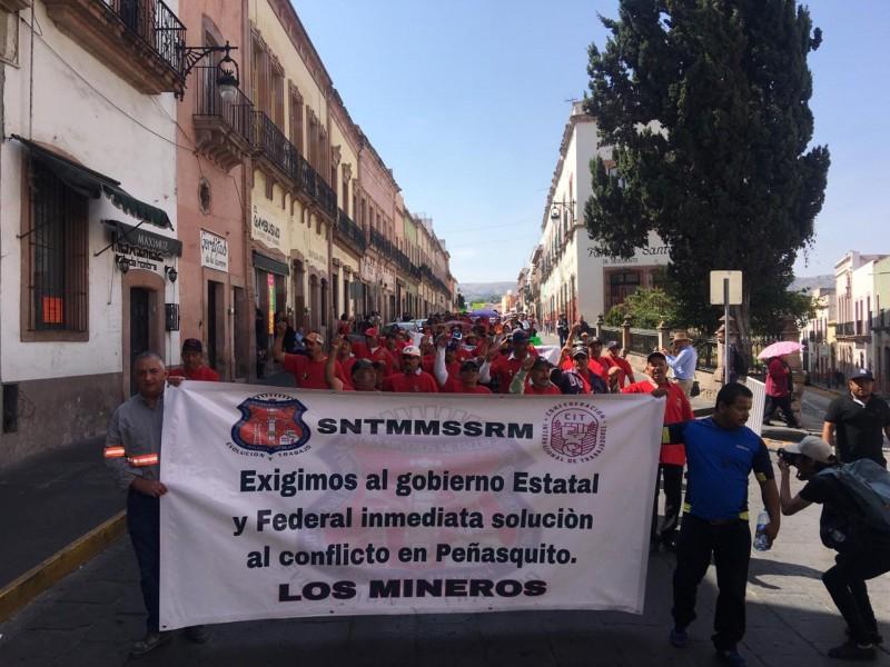 2 mil trabajadores de Peñasquito se manifiestan