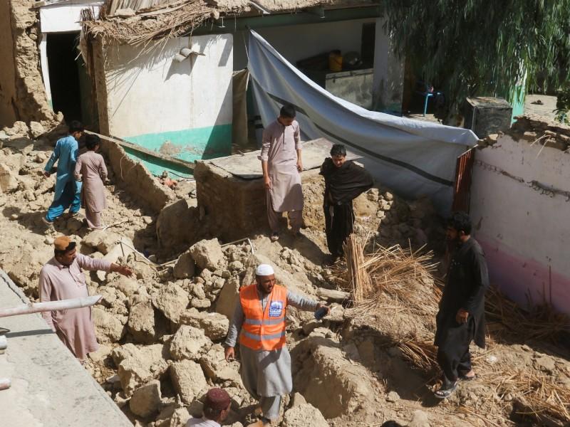 20 muertos por sismo de 5.9 en Pakistán