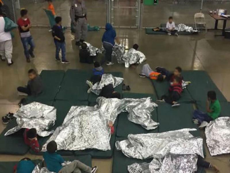21 niños mexicanos fueron separados de sus familias