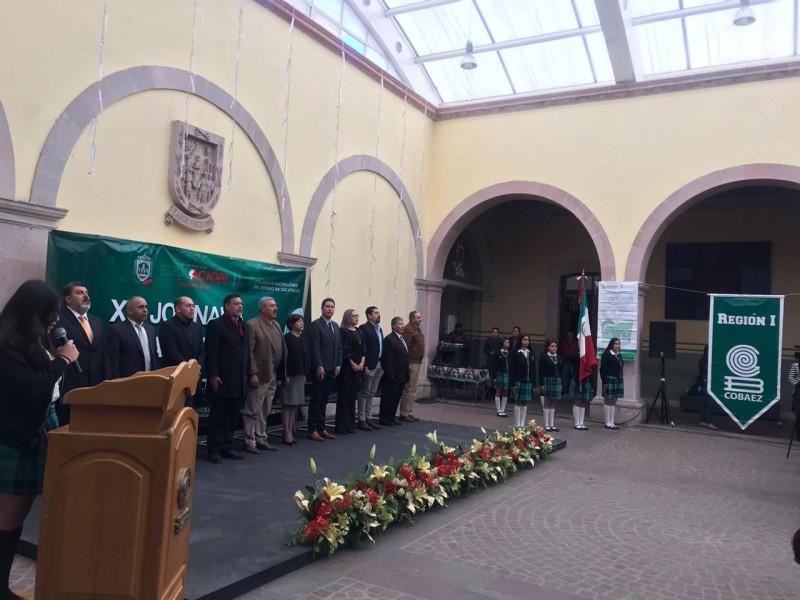 212 estudiantes participaron en la XIII Jornada Académica