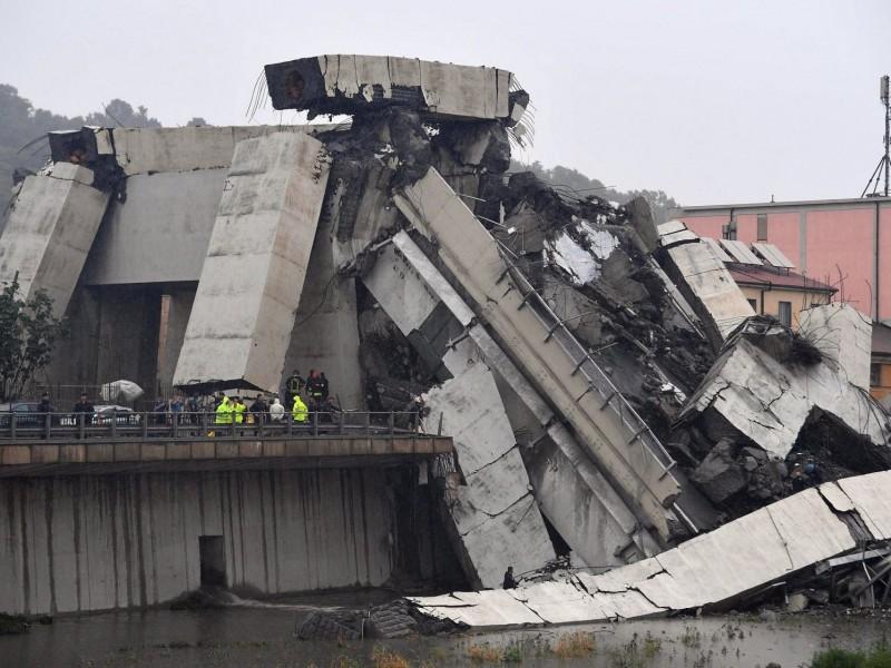 22 muertos por derrumbe de puente en Italia