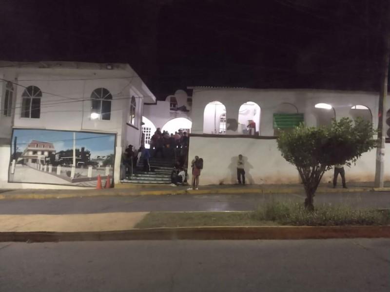 27 secuestrados y toma de palacio municipal  Matías Romero