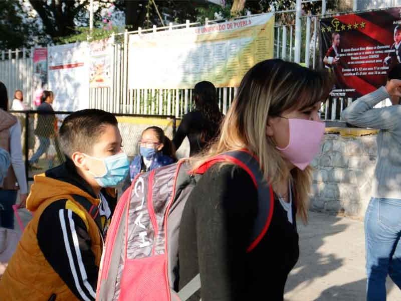3 mil maestros indispuestos de regresar a las aulas