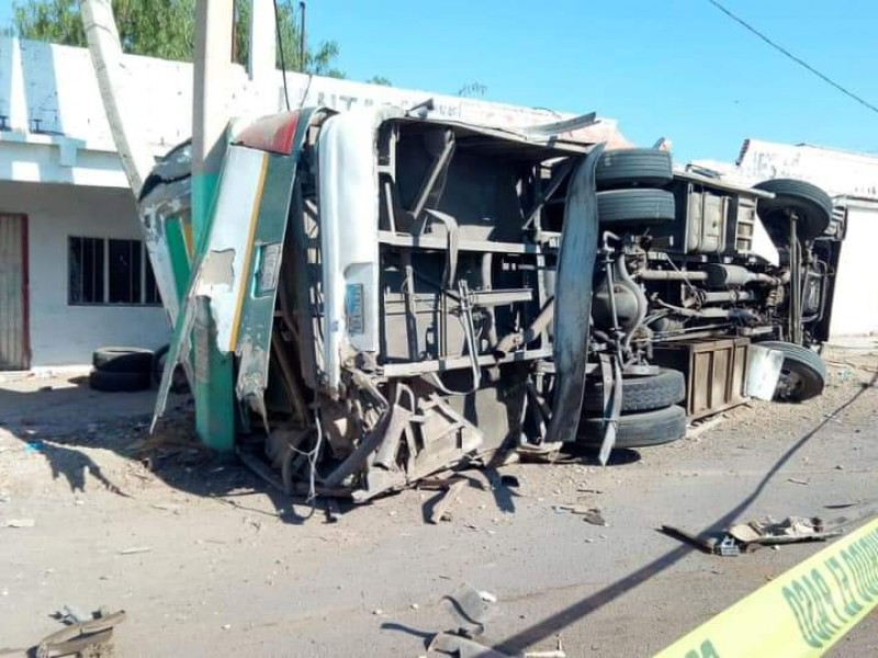 3 muertos y 18 heridos en carretera QRO-SLP