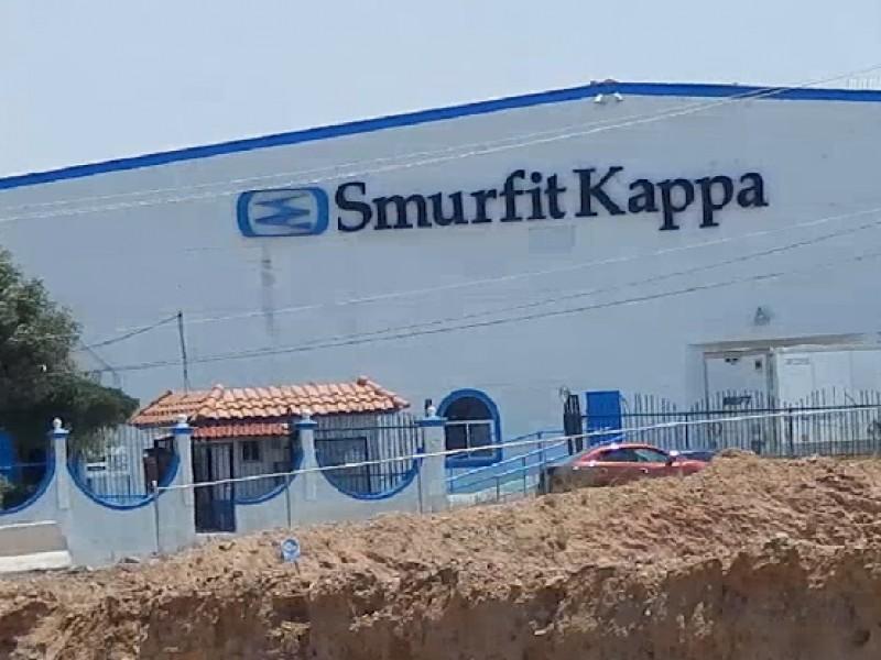 300 trabajadores vulnerables del sector maquilador en casa
