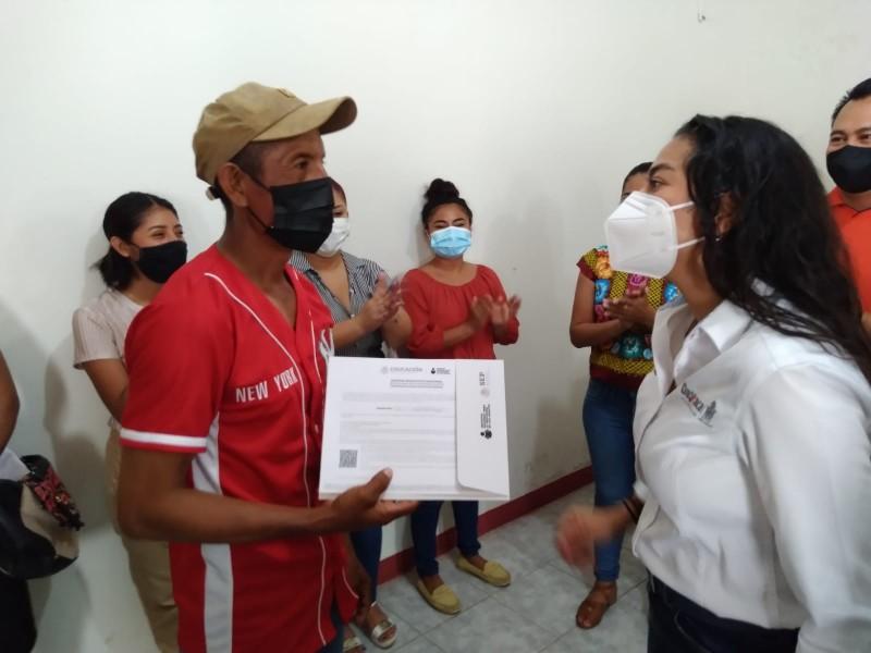 32 mil personas con rezago educativo en Juchitán: IEEA