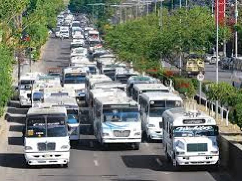 35 % del transporte publico en mal estado