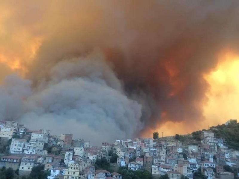 38 muertos tras tras incendios en Argelia