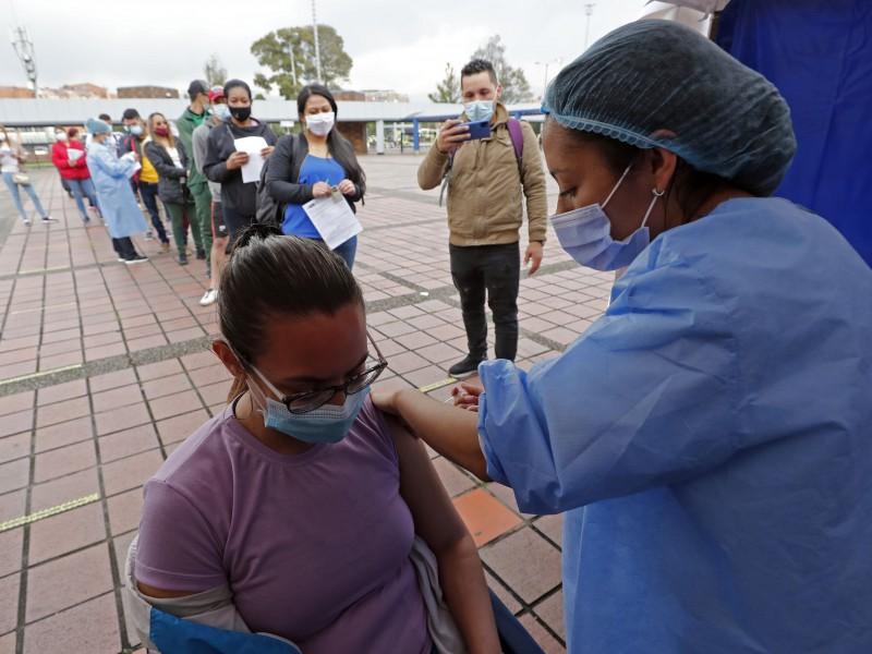 39% de la población latinoamericana está completamente vacunada, según OPS