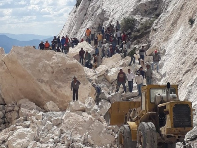 4 muertos por derrumbe de mina en Hidalgo
