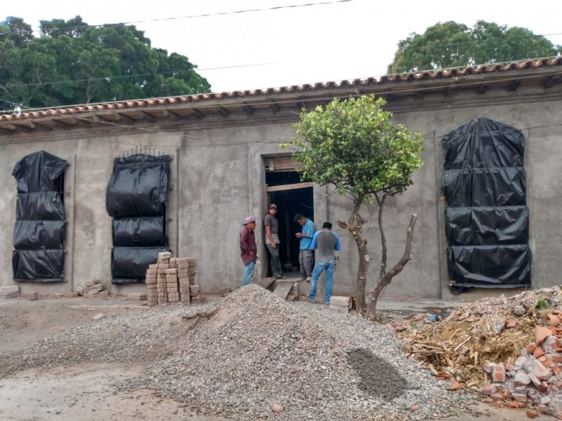40% de avance en reconstrucción de la biblioteca de Juchitán