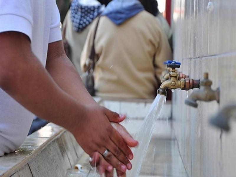 40 por ciento de las escuelas con desabasto de agua