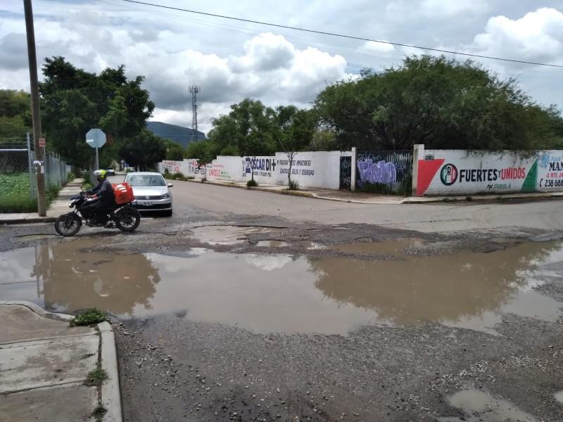 400 mil no alcanza para reparar calles; Colegio Edificadores