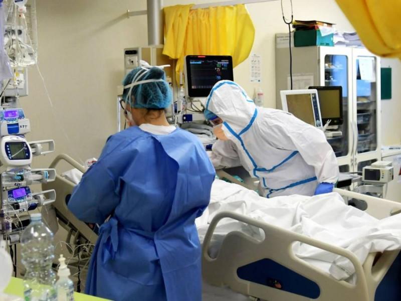 433 elementos de sector salud positivos a covid-19