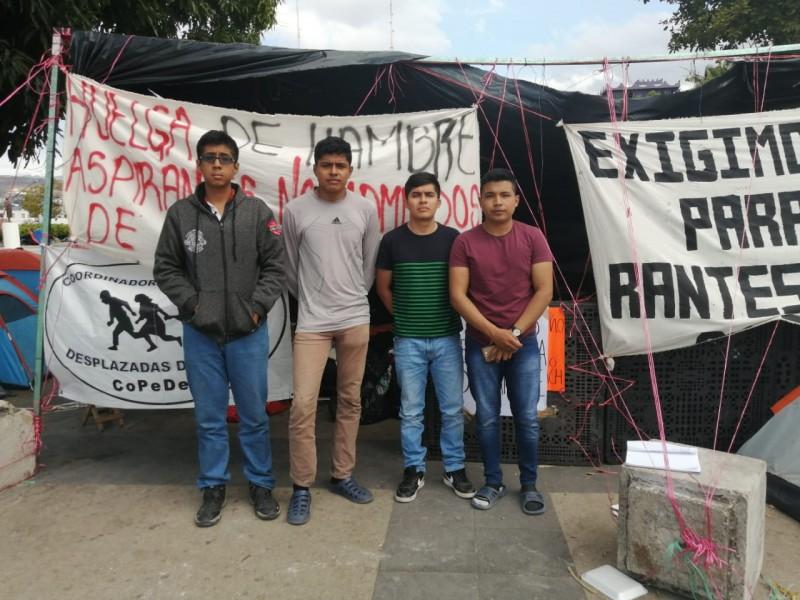 5 días en huelga de hambre, aspirantes de la UNICH