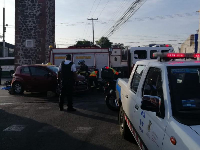 5 lesionados tras fuerte accidente en Los Arcos