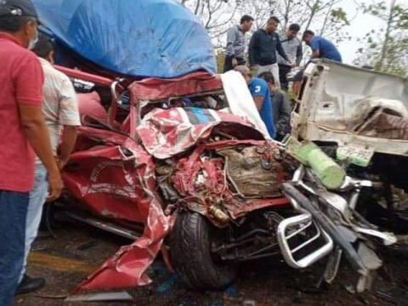 5 muertos deja trágico accidente en la carretera 185