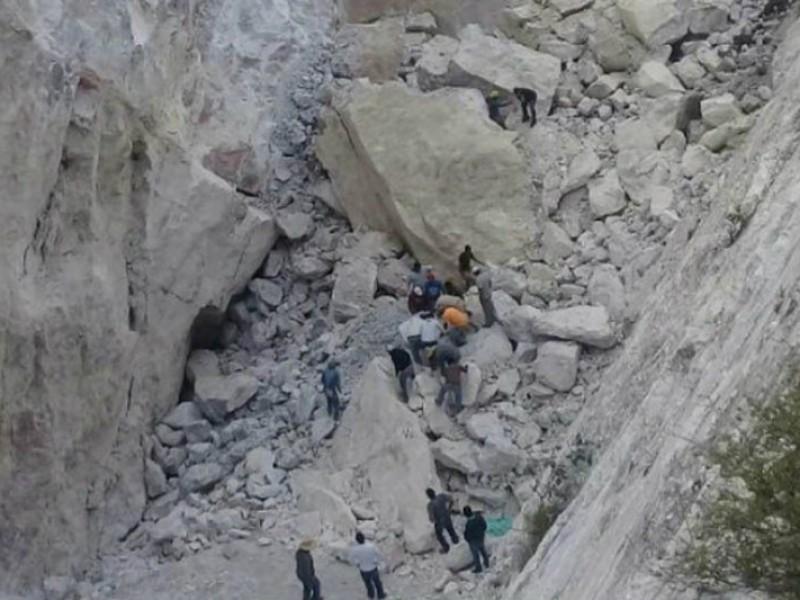 Varios desaparecidos por derrumbe de mina en Hidalgo