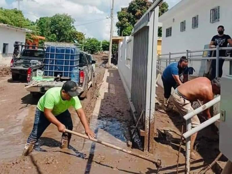 50% de avance en limpieza de calles en Acaponeta