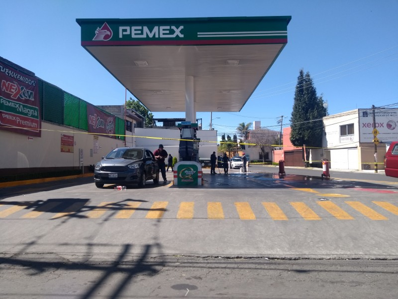 50 pipas mas de combustible para Toluca