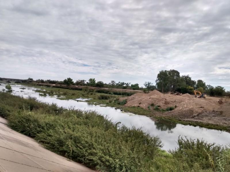 55% de avance lleva el desazolve del Río Sinaloa