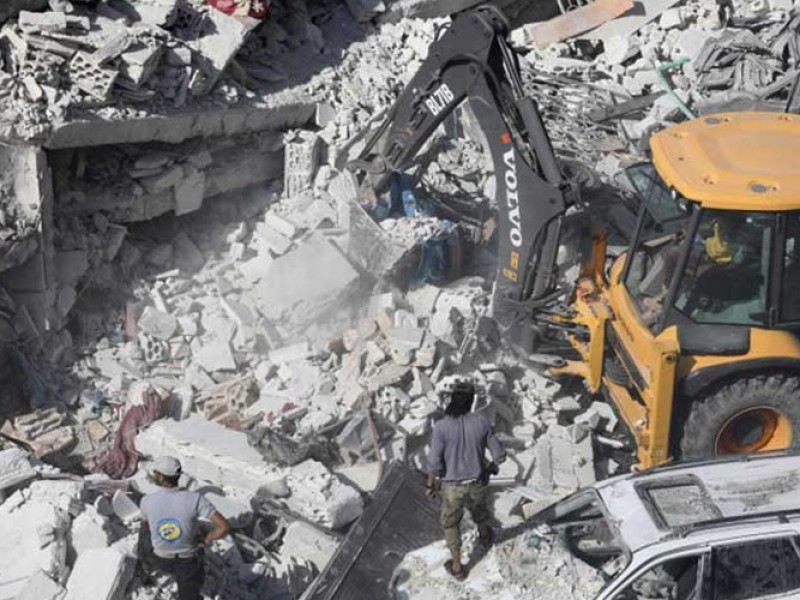 69 muertos por explosión en almacén en Siria