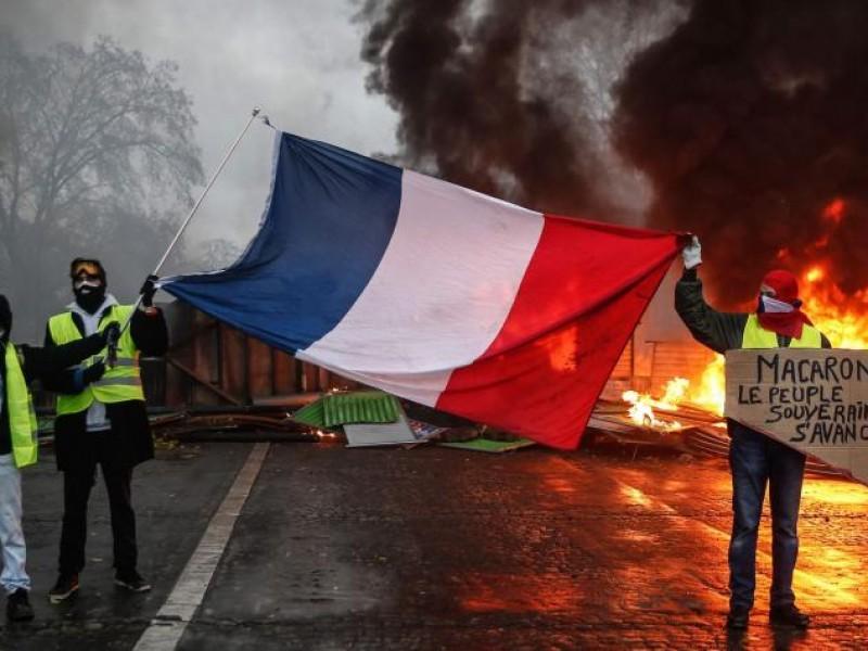 """700 detenidos en protestas contra """"gasolinazo"""