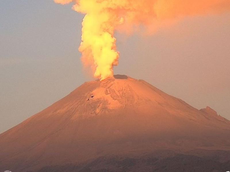 76 exhalaciones y 11 explosiones en el Popocatépetl