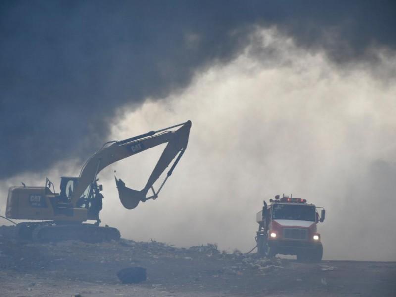8 hectáreas afectadas por incendio en vertedero