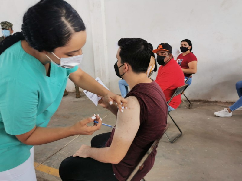 9 mil 500 jóvenes mochitenses recibieron su primera dosis antiCovid-19